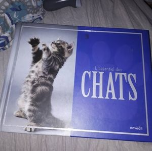 Huge french book about cats